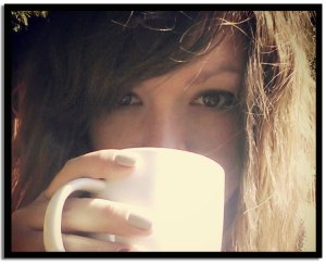 Helen-drinking-coffee-11151